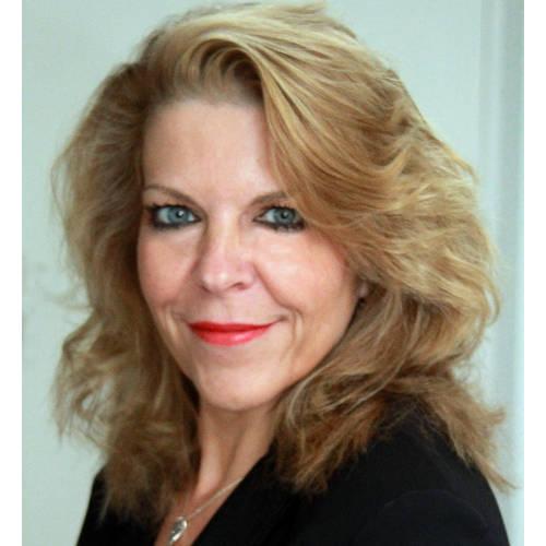 Claire De Vos